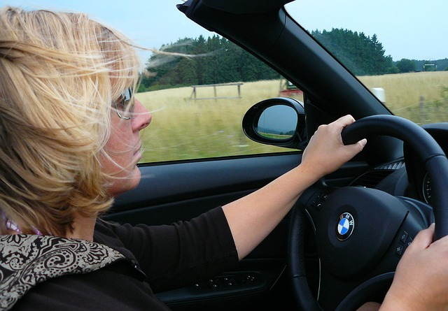 žena, blondýna, volant, BMW