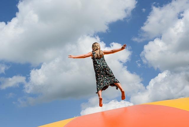 nafukovací trampoliny