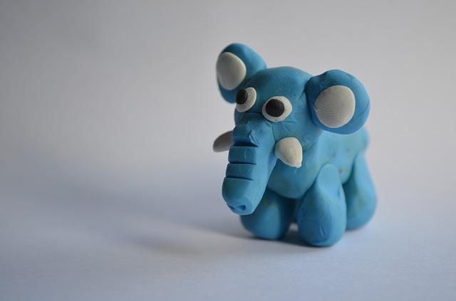 slon z modelíny